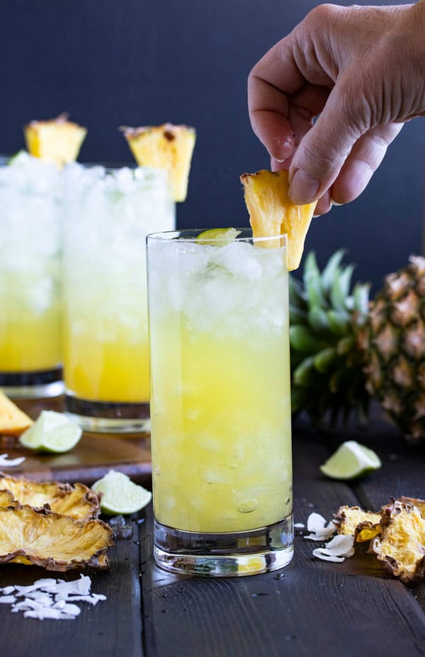Pineapple Coconut Rum Drinks Cooks With Cocktails