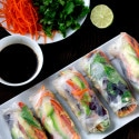 Fresh and Healthy Chicken and Vegetable Salad Rolls