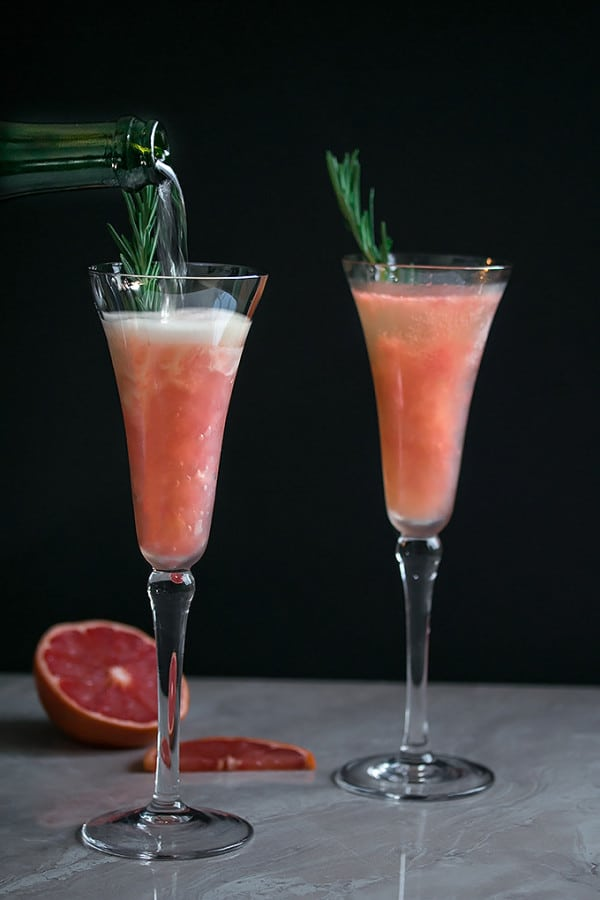 Grapefruit-Bellini-with-Rosemary-2