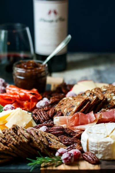 5 Steps to Create the Perfect Cheese Board