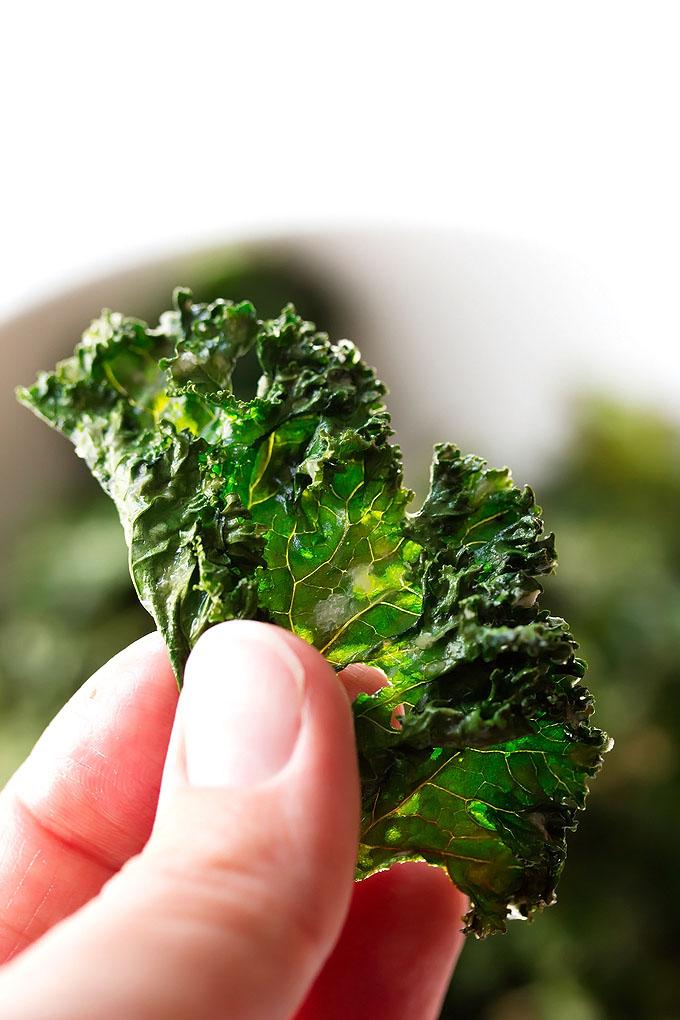 Garlic & Parmesan Kale Chips