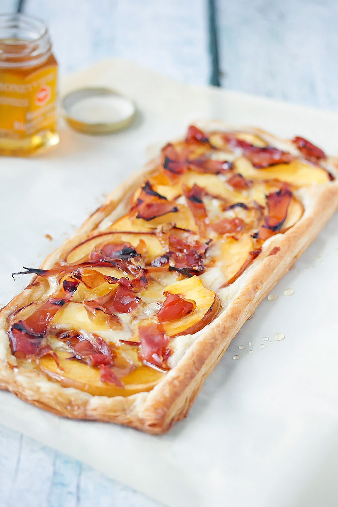 Puff Pastry Tart with Peaches, Brie, and Prosciutto
