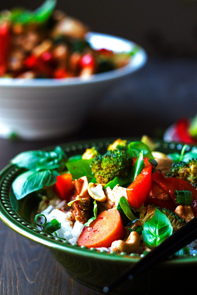 Thai Chicken Stirfry with Basil and Cashews