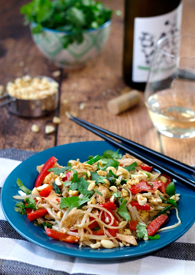 Chicken pad thai with tamarind sauce easy and better than takeout chicken pad thai forumfinder Images