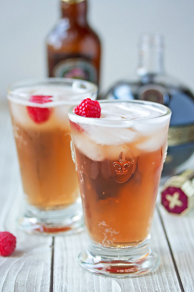 Rasberry & Ginger Beer Cocktail